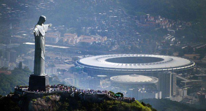 Бразилия_стадион.jpg