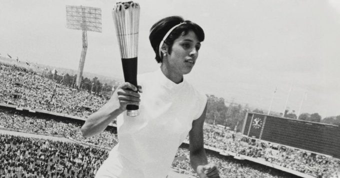 enriqueta-basilio-first-woman-to-light-olympic-flame-dies-2019.jpg